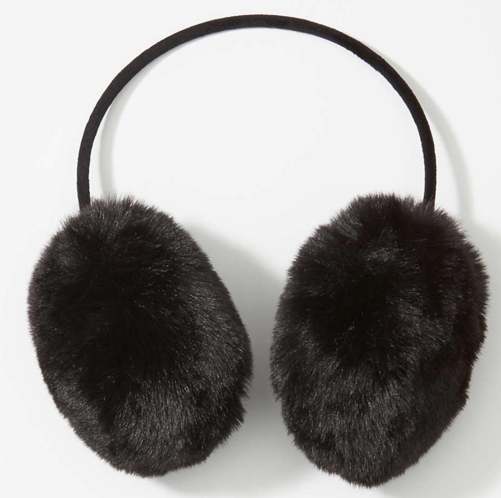 Christmas Gift Ideas Faux Fur Earmuffs #Christmas #ChristmasGifts #GiftIdeas #ChristmasPresents #ChristmasGiftGiving