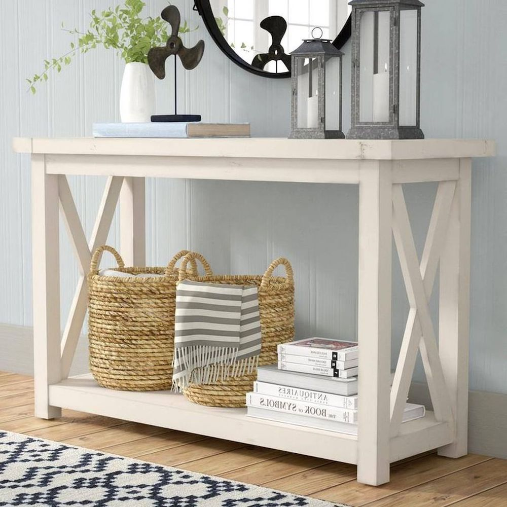 Style a Console Table #StyleAConsoleTable #Entryway #Foyer #ConsoleTable #HomeDecor #ConsoleTableDecor #HallwayTable #HomeDecorTips #StylingTips