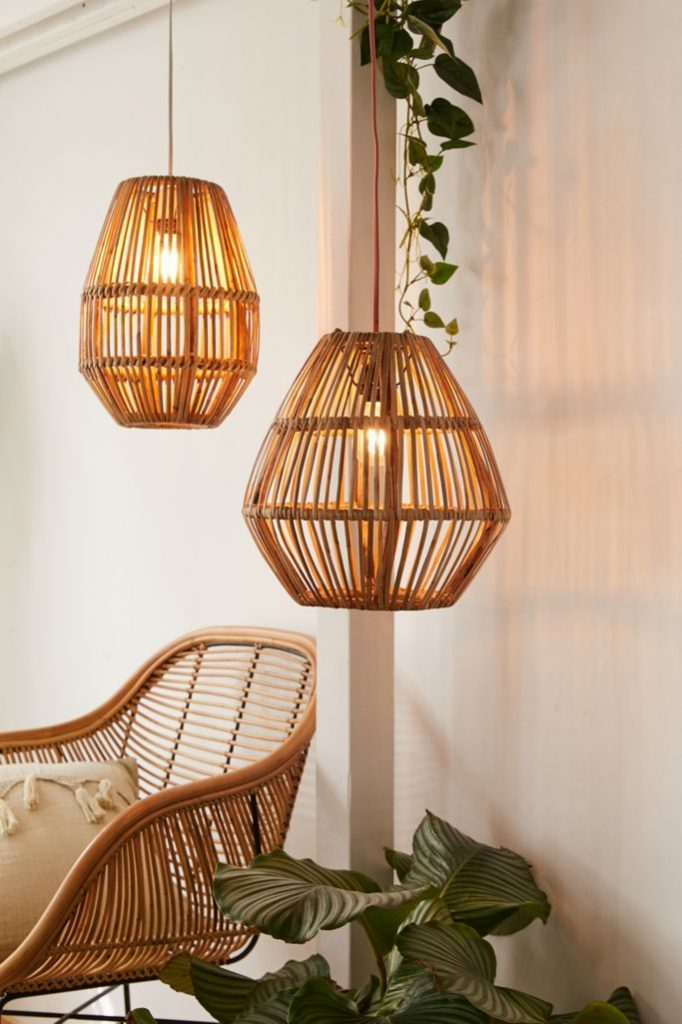 Natural Textures Bamboo Woven Pendant Light #Coastal #CoastalDecorTips #BeachHouse #BeachHome #LakeHouse #CoastalDecor #SeasideDecor #IslandDecor #TropicalIslandDecor