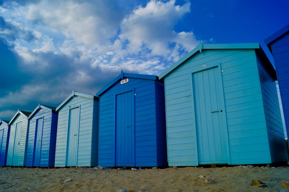 Beach House Blues Charmouth Beach Charmouth UK #Coastal #CoastalDecorTips #BeachHouse #BeachHome #LakeHouse #CoastalDecor #SeasideDecor #IslandDecor #TropicalIslandDecor