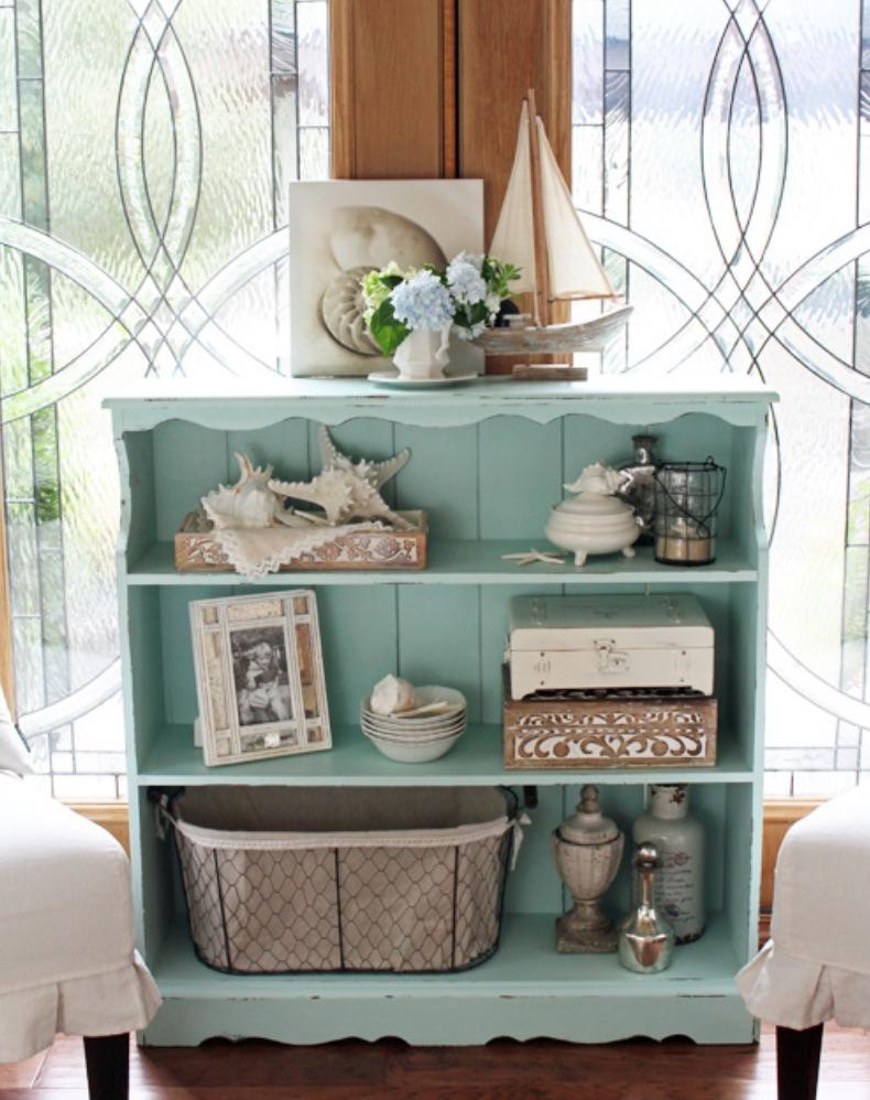 Coastal Bookshelf Decor Ideas Model Sailboat #Coastal #CoastalDecor #Bookshelves #ShelfDecor #BeachHouse #BeachHome #LakeHouse #CoastalDecor #SeasideDecor #IslandDecor #TropicalIslandDecor