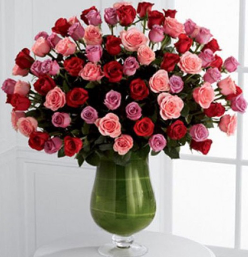 Celebrate the Season of Love Heartfelt by Kremp Florist #flowers #FlowerDelivery #bouquets #OnlineFlowers #FlowersOnline #ValentinesDay #ValentinesFlowers #SendFlowers