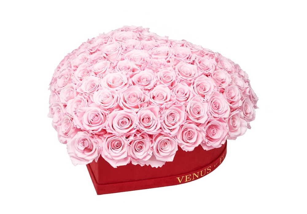 Best Valentine's Flowers and Plants Le Plein Heart by Venus et Fleur #flowers #FlowerDelivery #bouquets #OnlineFlowers #FlowersOnline #ValentinesDay #ValentinesFlowers #SendFlowers