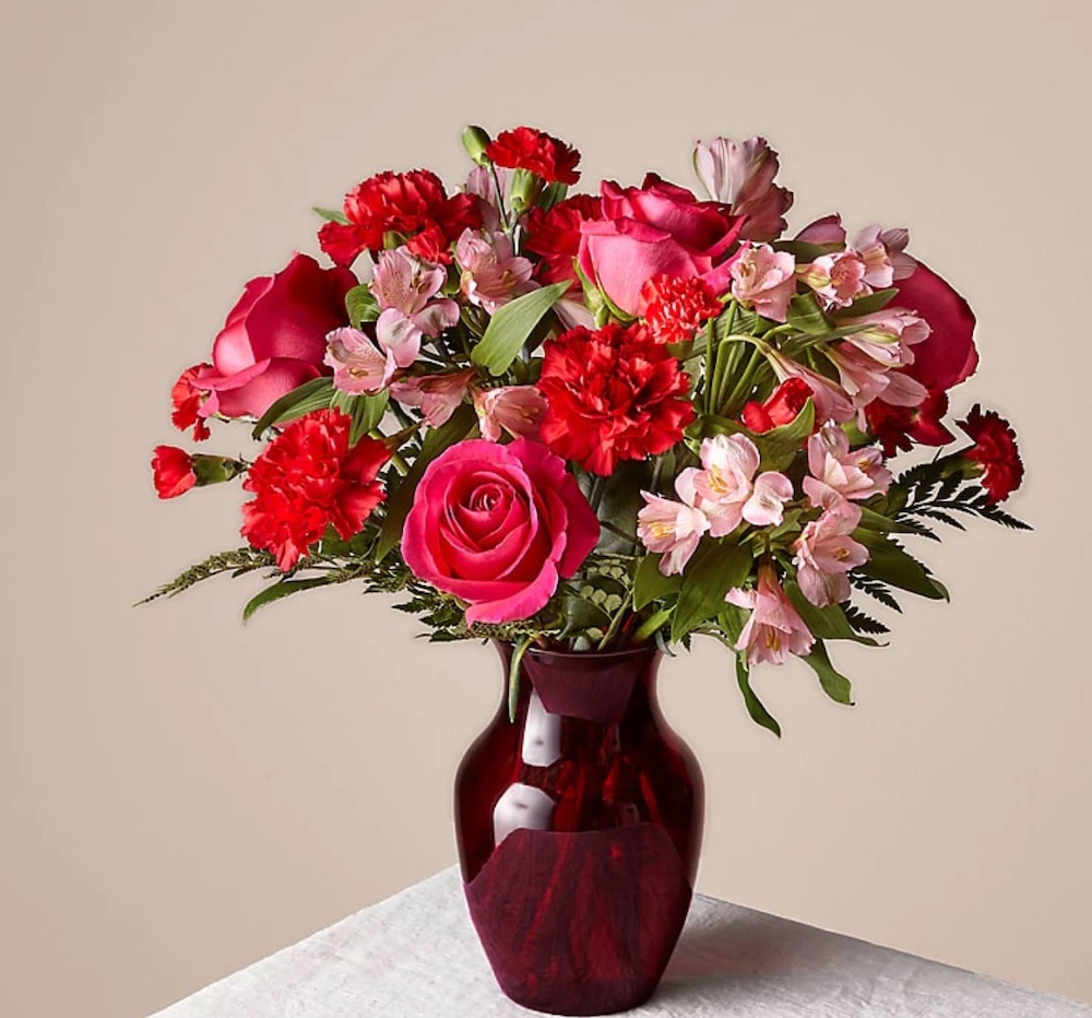 Online Flowers The Valentine Bouquet by Proflowers #flowers #FlowerDelivery #bouquets #OnlineFlowers #FlowersOnline #ValentinesDay #ValentinesFlowers #SendFlowers