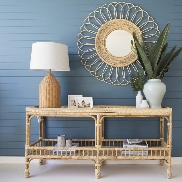 Add Height to the Console Table #StyleAConsoleTable #Entryway #Foyer #ConsoleTable #HomeDecor #ConsoleTableDecor #HallwayTable #HomeDecorTips #StylingTips
