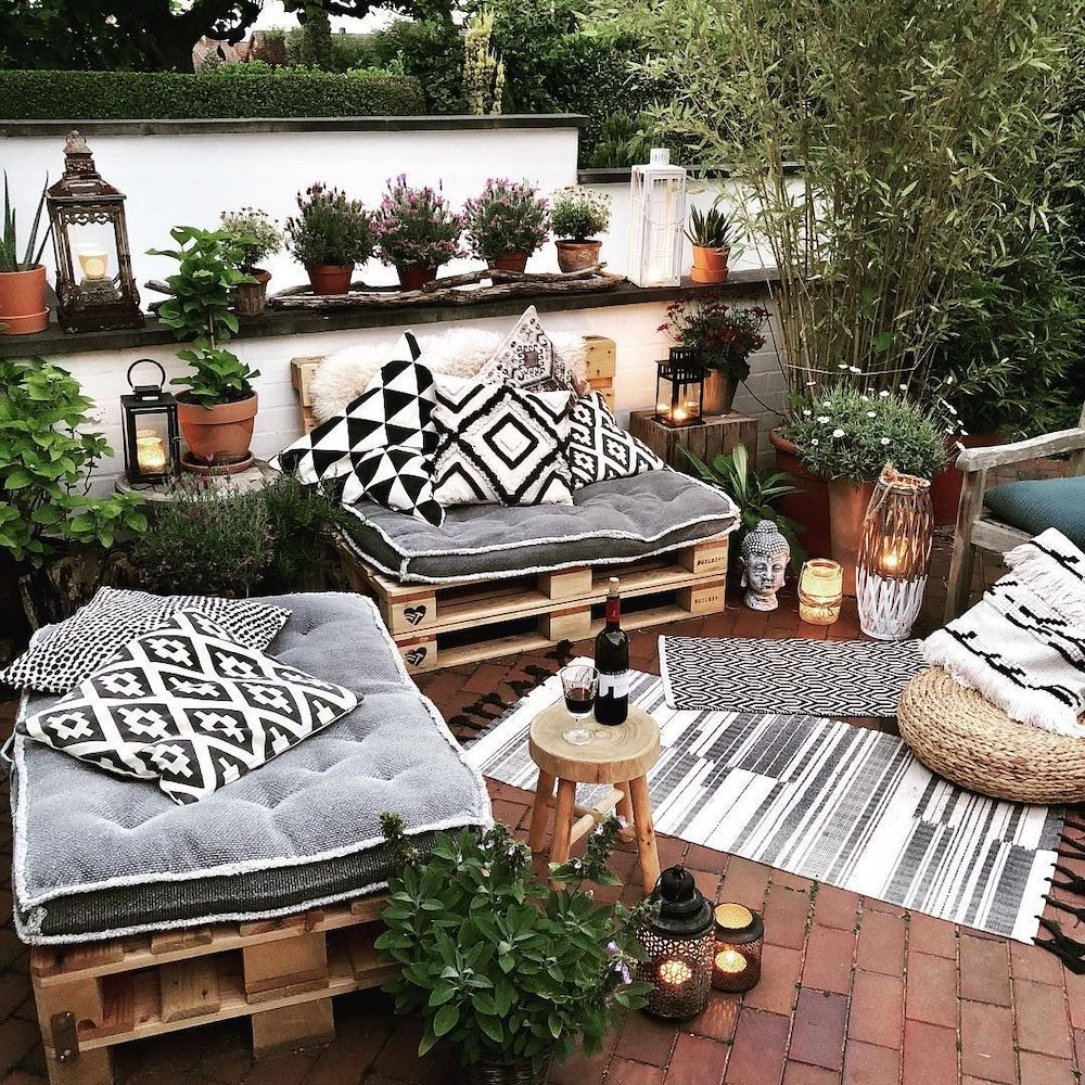 Patio Conversation Sets Inspo 2 #Patio #PatioFurniture #PatioChairs #PatioConversatonSets #Summer #OutdoorSpaces #Backyard #PatioDecor #PatioFurniture #SummerHouse #CoastalHome #BeachHouse #LakeHouse #IslandHome #OutdoorLiving #BeachHouseStyle #BeachHouseDecor
