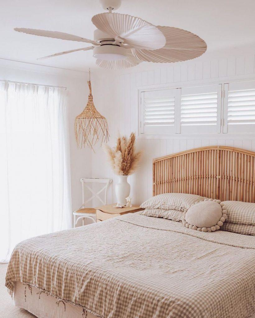 Inspirational Coastal Beds Inspo 25 #Coastal #Beds #BedRoom #CoastalBeds #CoastalBedroom #CoastalDecor #CoastalHome #CoastalLiving #BeachHouse #SeasideStyle #LakeHouse #SummerHouse #CoastalBohoDecor
