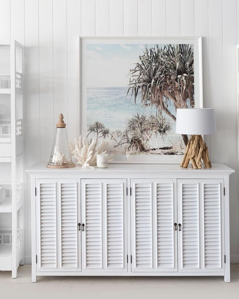 Inspirational Coastal Sideboards Inspo 8 #Coastal #DiningRoom #Sideboard #Buffet #CoastalSideboard #CoastalDiningRoom #CoastalDiningSets #CoastalDecor #CoastalHomeDecor #BeachHouse #SeasideStyle #LakeHouse #SummerHouse #DiningRoomAccessories