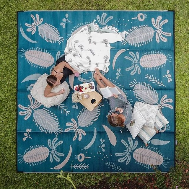 Outdoor Rugs for Park Setting #OutdoorRugs #CoastalOutdoorRugs #Coastal #PatioRugs #HomeDecor #Entryway #BeachHouse #SummerHouse #LakeHouse #CoastalHome