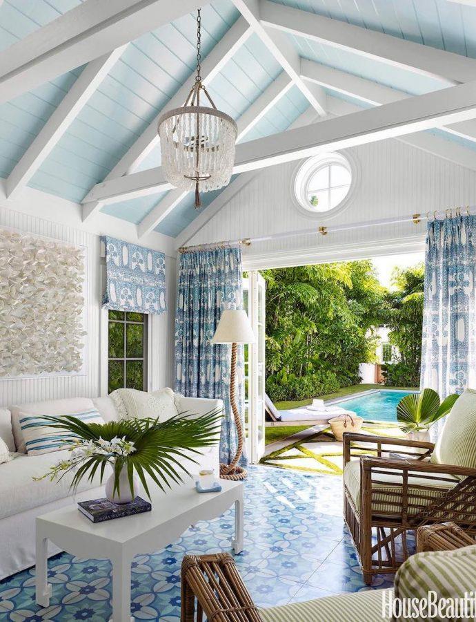 25 Best Coastal Rattan Chairs for a Beach House