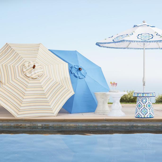 Outdoor Patio Umbrellas Round Outdoor Market Umbrella #PatioUmbrella #MarketUmbrella #Pool #PoolSide #Patio #Summer #OutdoorSpaces #Backyard #PatioDecor #PatioFurniture #SummerHouse #CoastalHome #BeachHouse #LakeHouse #IslandHome #OutdoorLiving #BeachHouseStyle #BeachHouseDecor