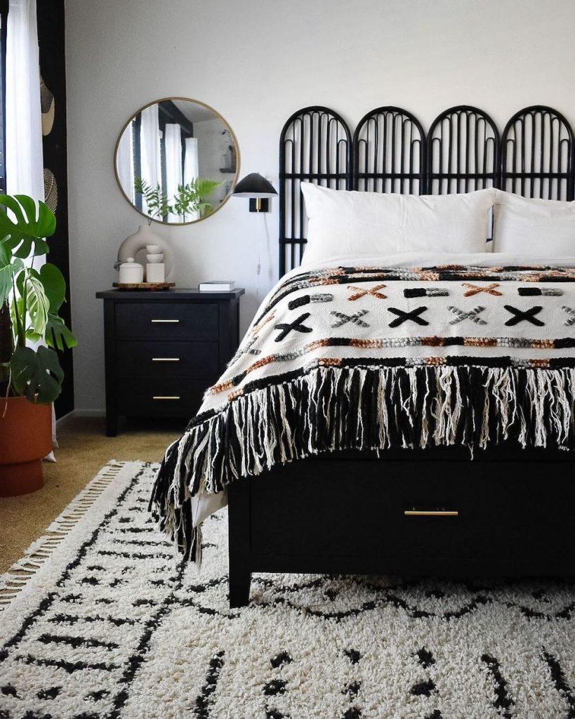 Inspo 2 #Coastal #Beds #Headboards #RattanHeadboards #BedRoom #CoastalBeds #CoastalBedroom #CoastalDecor #CoastalHome #CoastalLiving #BeachHouse #SeasideStyle #LakeHouse #SummerHouse #BohoDecor