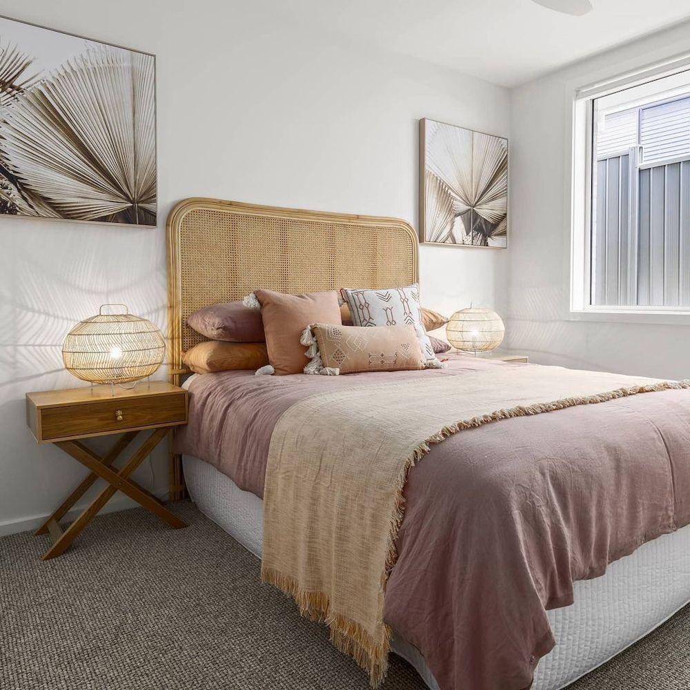 Coastal Beds Inspo 5 #Coastal #Beds #BedRoom #CoastalBeds #CoastalBedroom #CoastalDecor #CoastalHome #CoastalLiving #BeachHouse #SeasideStyle #LakeHouse #SummerHouse #CoastalBohoDecor