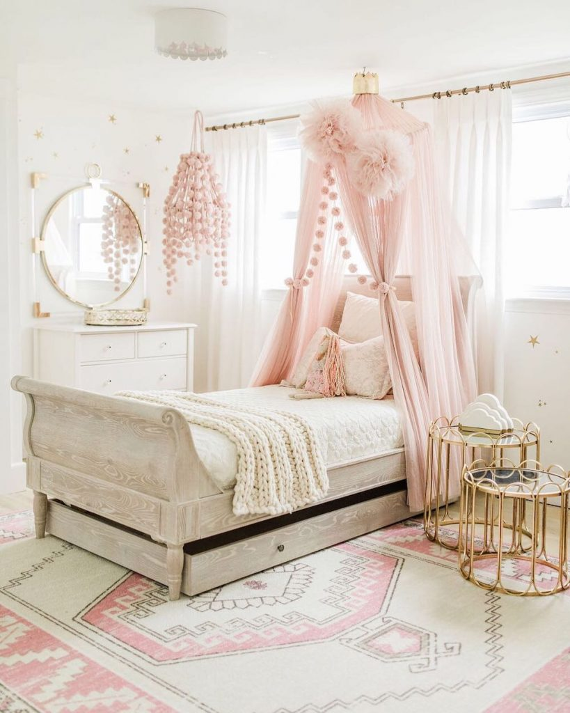 Inspo 27 1 #Pink #PinkAccessories #Coastal #CoastalPinkDecor #BohoCoastal #CoastalDecor #HomeDecor