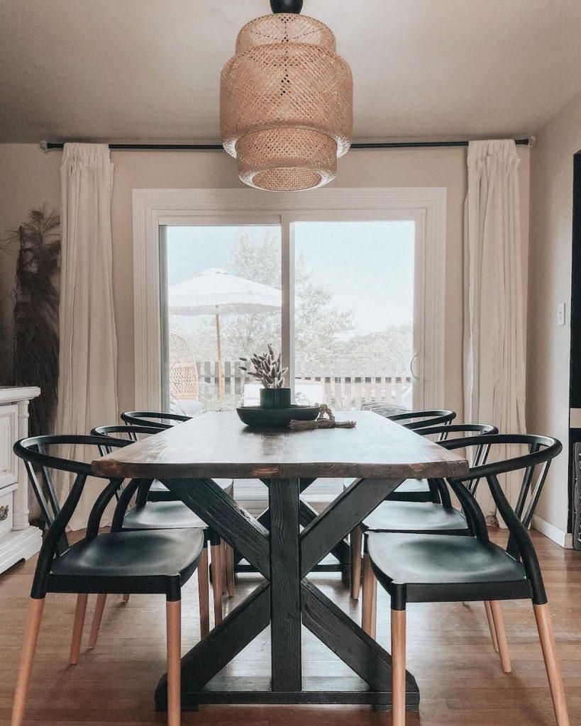 Inspo 3 #Chairs #WishboneChairs #DiningRoom #CoastalDecor #BeachHouse