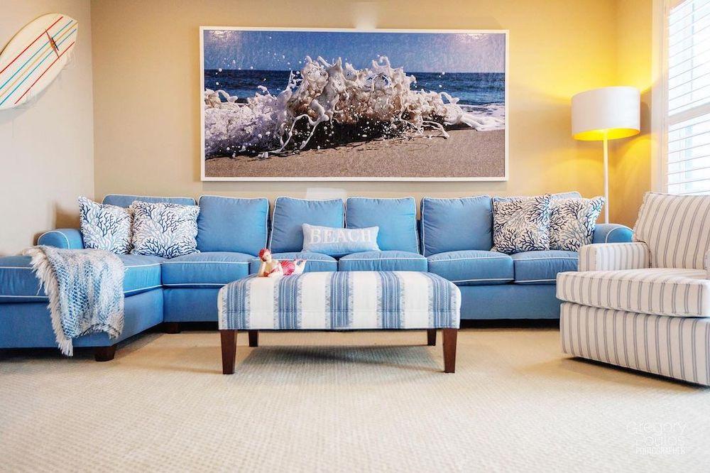 Inspo 3 #Sofas #CoastalBlueandWhite #BlueandWhiteStripedSofas #CoastalDecor #BeachHouse #Inspiration