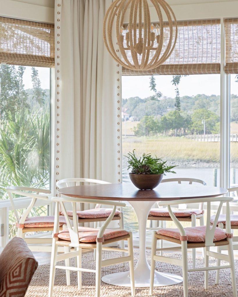 Wishbone Chair Styling Ideas Inspo 8 #Chairs #WishboneChairs #DiningRoom #CoastalDecor #BeachHouse