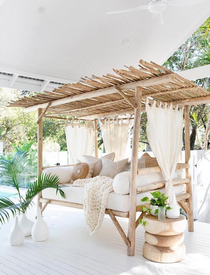 How to Style a Coastal Daybed