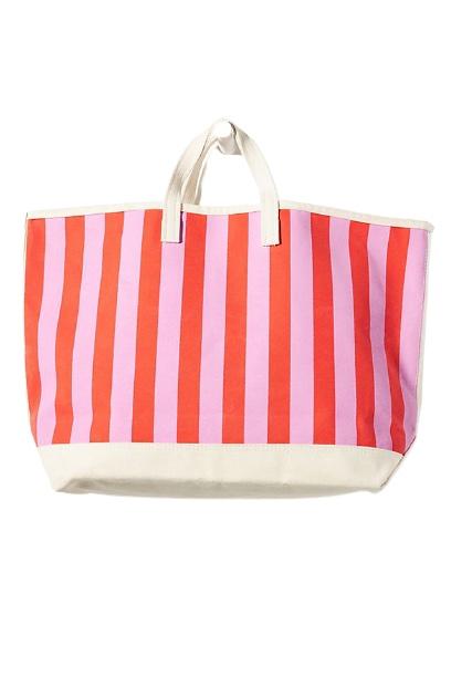 Best Beach Bag Kule Striped Tote Bag #bythesea #beachlife #beachvibes #summer #coastalstyle #coastaldecor #coastalliving #beachgear #FamilyFun