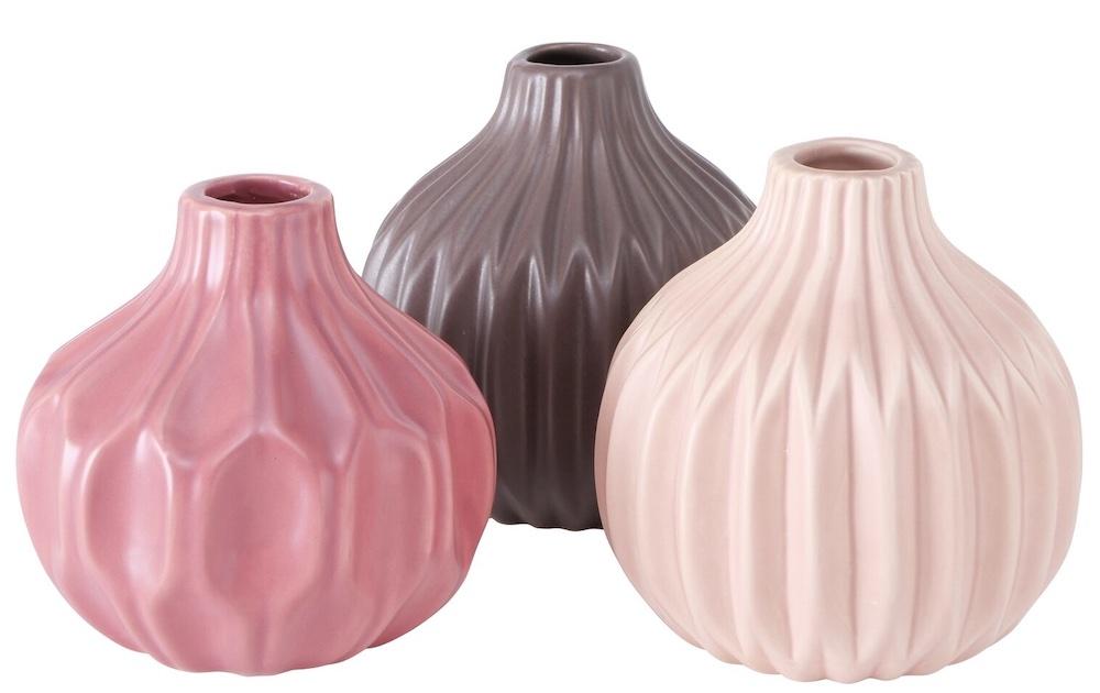 Coastal Pink Styling Ideas Wyton Pink Ceramic Table Vase Set #Pink #PinkAccessories #Coastal #CoastalPinkDecor #BohoCoastal #CoastalDecor #HomeDecor