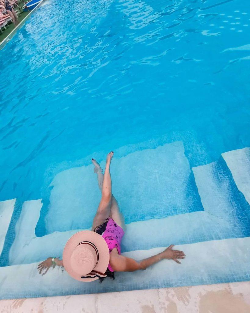 Best Pool Floats for Loads of Summer Fun Inspo 1 #Pool #PoolFloats #PoolSide #BeachVibes #Summer #CoastalStyle #CoastalLiving #BeachGear #FamilyFun