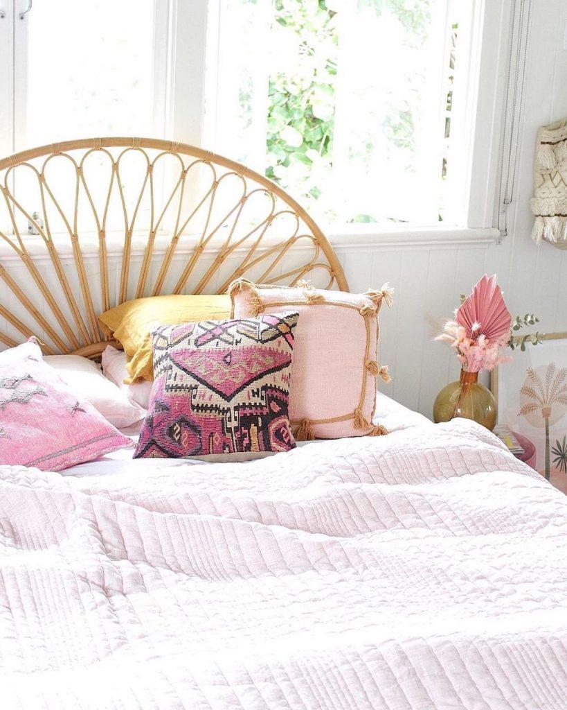 Pink Pillows Inspo 12 #Pink #PinkPillows #Coastal #CoastalPinkDecor #BohoCoastal #CoastalDecor #HomeDecor #LivingRoomDecor