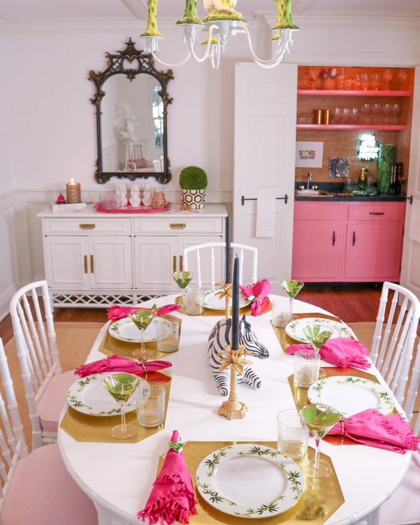 Pink Trays Inspo 14 #PinkTrays #PinkAccessories #Coastal #CoastalPinkDecor #BohoCoastal #CoastalDecor #HomeDecor