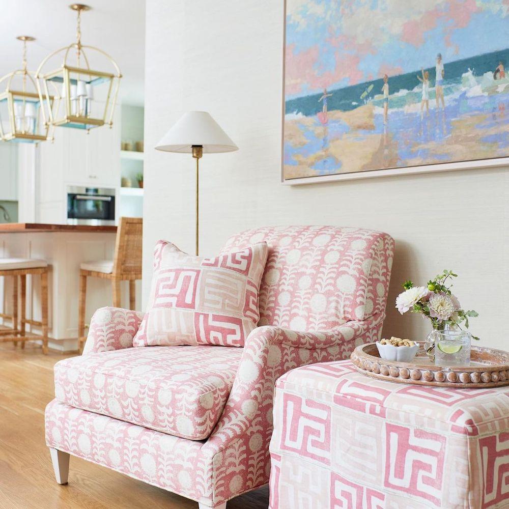Coastal Pink Styling Ideas Inspo 4 1 #Pink #PinkAccessories #Coastal #CoastalPinkDecor #BohoCoastal #CoastalDecor #HomeDecor