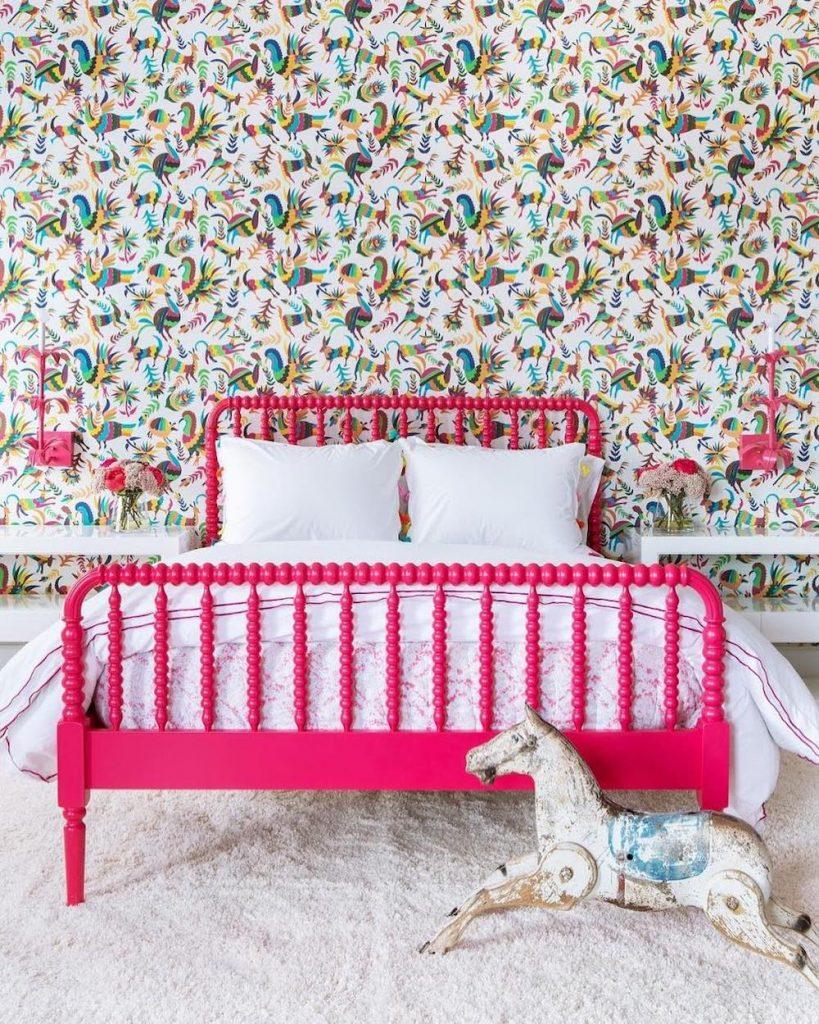Coastal Pink Styling Ideas Inspo 5 #Pink #PinkAccessories #Coastal #CoastalPinkDecor #BohoCoastal #CoastalDecor #HomeDecor