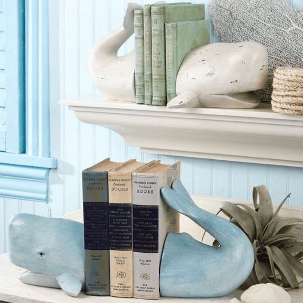 Coffee Table Book Styling Ideas Feature 1 #DecorBooks #CoffeeTableBooks #Coastal #CoastalDecor #CoastalTableStyling #HomeDecor