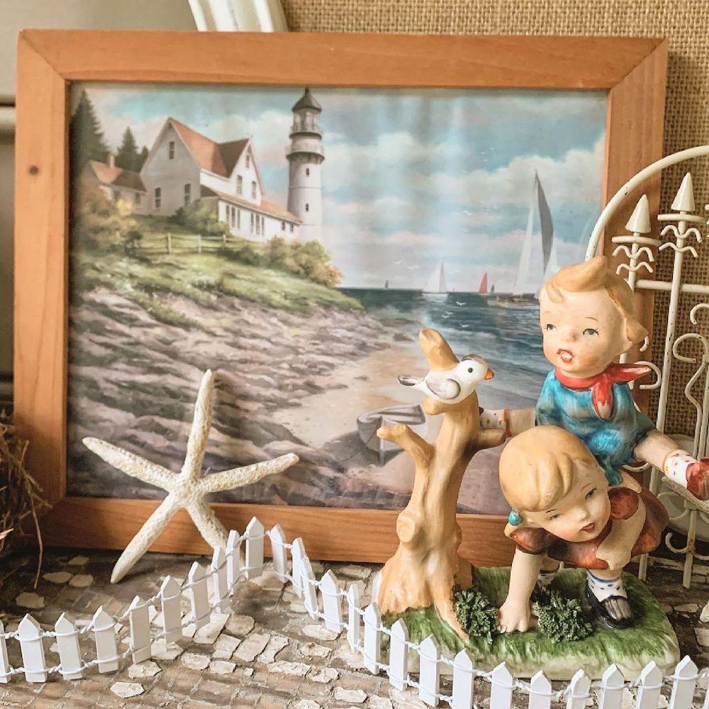 Inspo 11 1 #Vignette #CoastalVignette #Coastal #VignetteStylingTips #CoastalDecor #HomeDecor