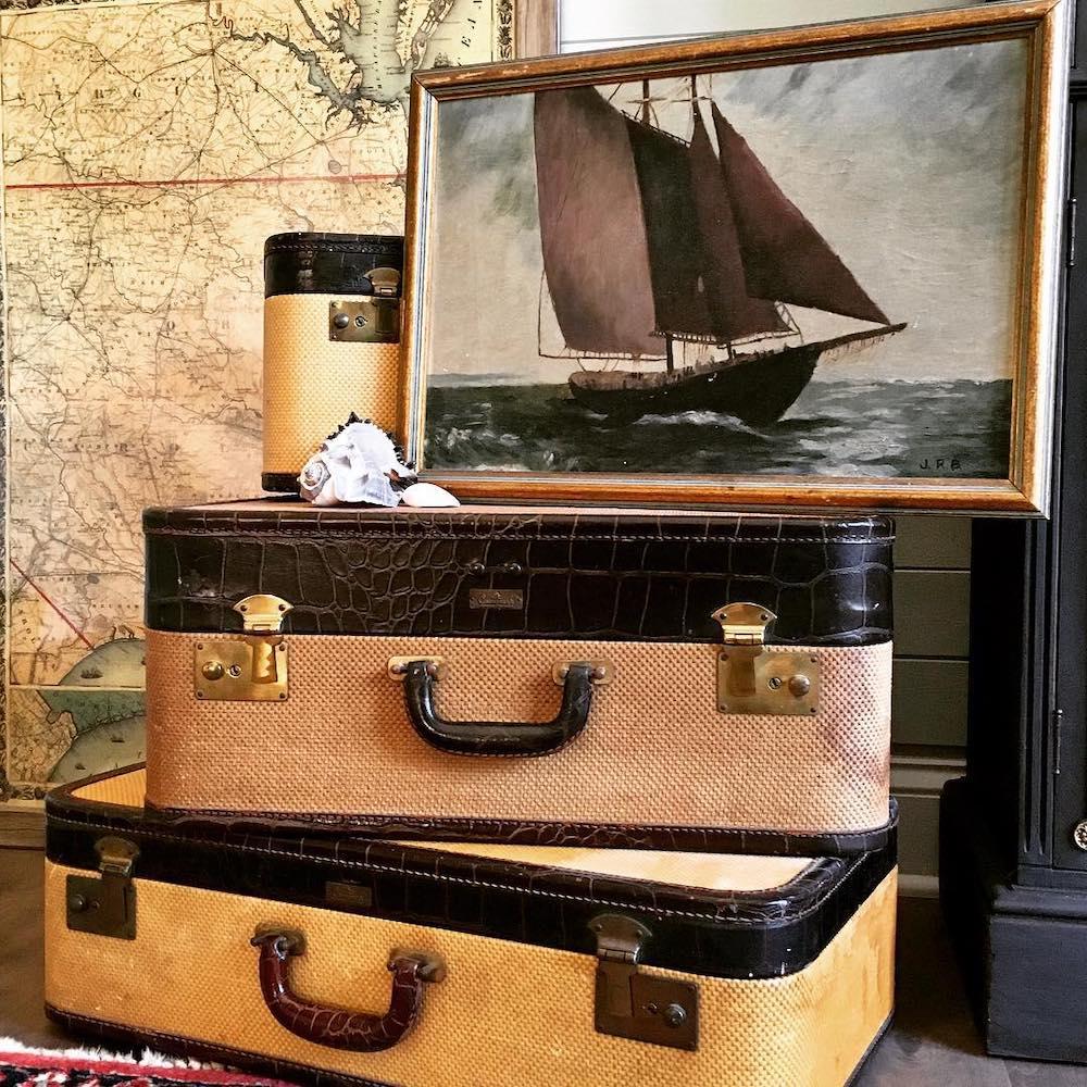 Inspo 2 #Vignette #CoastalVignette #Coastal #VignetteStylingTips #CoastalDecor #HomeDecor