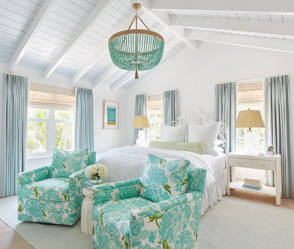 Coastal Blue and Green Interiors Inspo 8 #Vignette #CoastalVignette #Coastal #TrayStyling #TrayStylingTips #CoastalDecor #HomeDecor #LivingRoomDecor