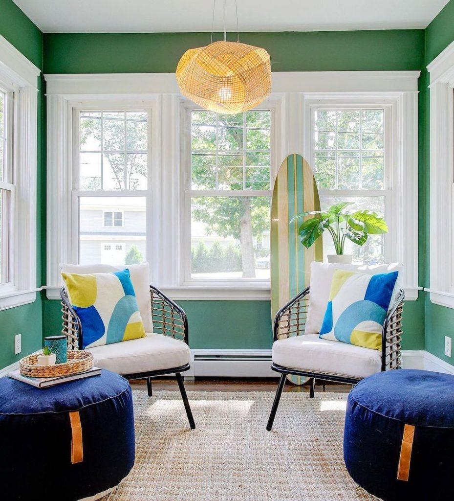 Coastal Blue and Green Interiors Inspo 9 #BlueGreenRooms #BlueGreenInteriors #Coastal #CoastalHomeDecor #HomeDecor #LivingRoomDecor