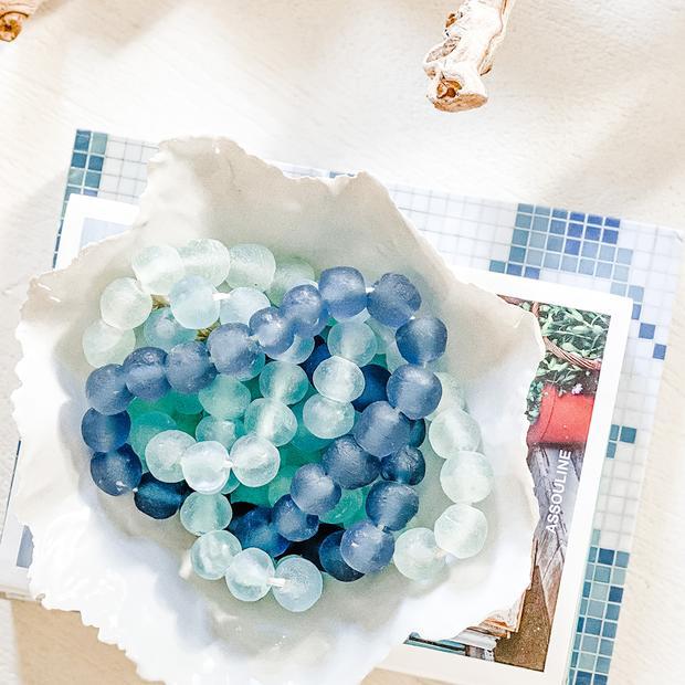 Vintage Sea Glass Beads in Ocean Blue #Vignette #CoastalVignette #Coastal #VignetteStylingTips #CoastalDecor #HomeDecor