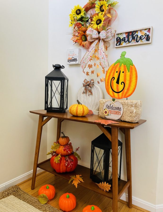 Fall Entryway Decorations for an Autumn Home Refresh this Season