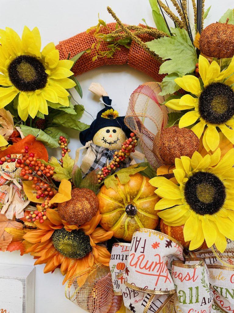 Fall Decor Wreath 2_1683 #Fall #Entryway #FallEntryway #FallDecor #HomeDecor #AutumnDecor