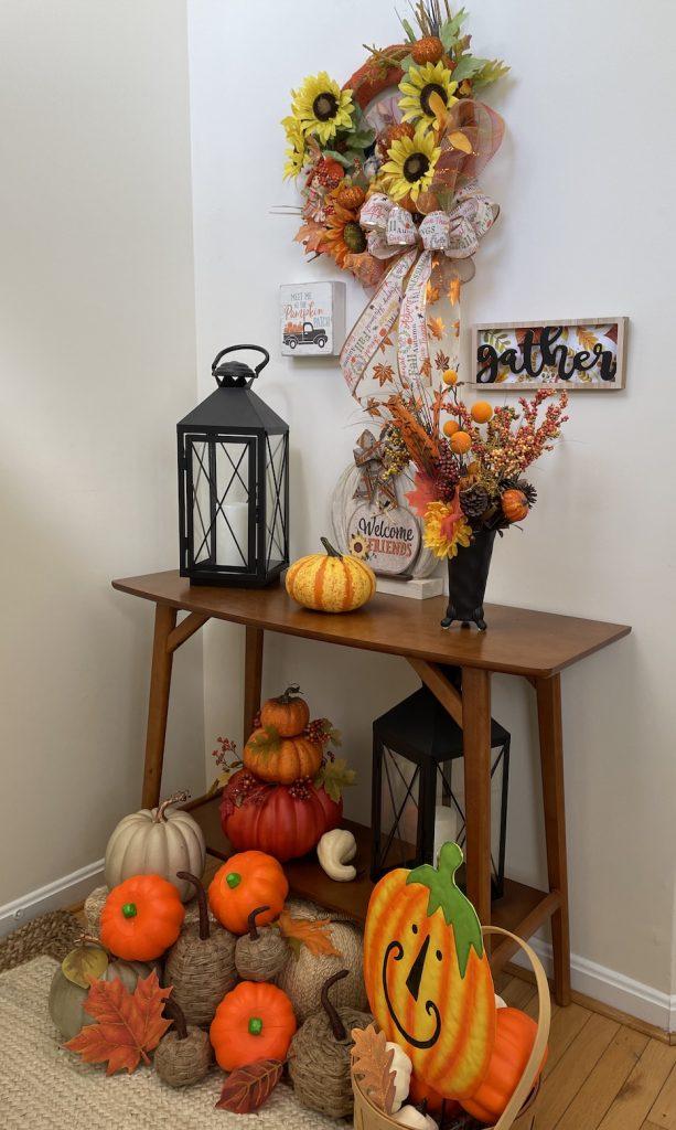 Fall Entryway Reed Console_1636 #Fall #Entryway #FallEntryway #FallDecor #HomeDecor #AutumnDecor