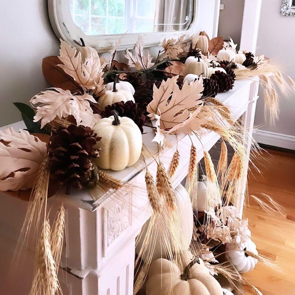 Fall Mantel Styling Ideas In 10 #Fall #FallMantel #FallDecor #HomeDecor #AutumnDecor