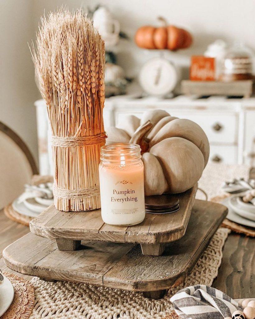 DIY fall centerpiece ideas In 15 #Fall #FallCenterpiece #FallDecor #Autumn #FallTable #HomeDecor