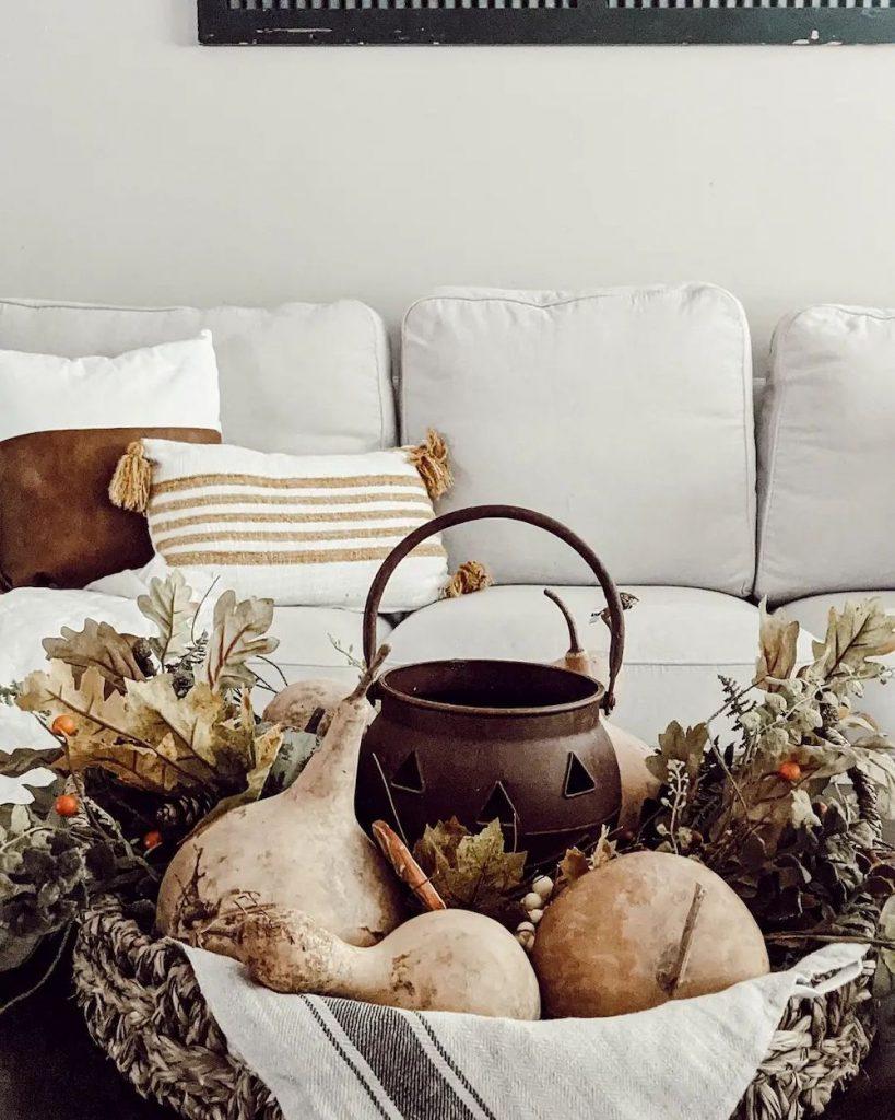 DIY fall centerpiece ideas In 20 #Fall #FallCenterpiece #FallDecor #Autumn #FallTable #HomeDecor