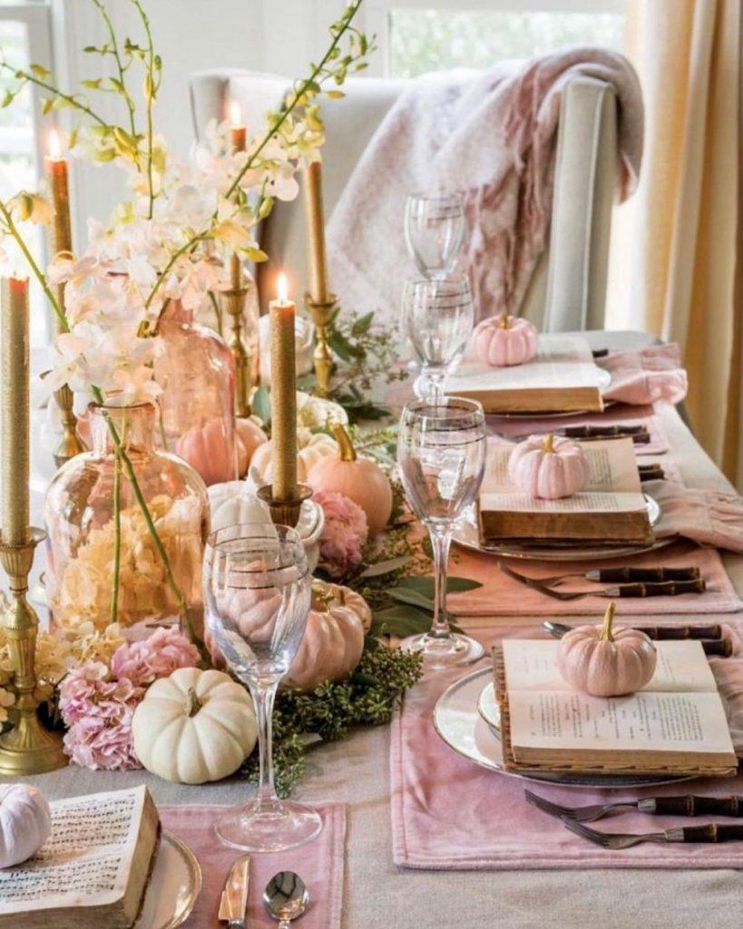 In 21 #Fall #Tablescapes #FallDecor #HomeDecor #AutumnDecor