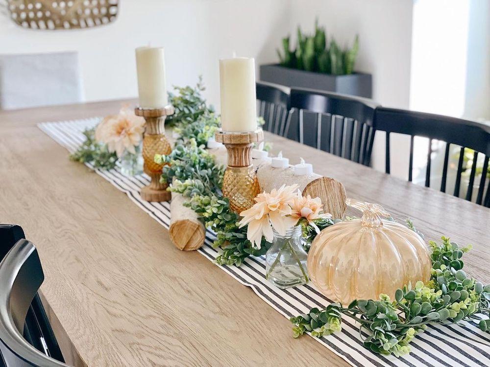In 25 #Fall #Tablescapes #FallDecor #HomeDecor #AutumnDecor