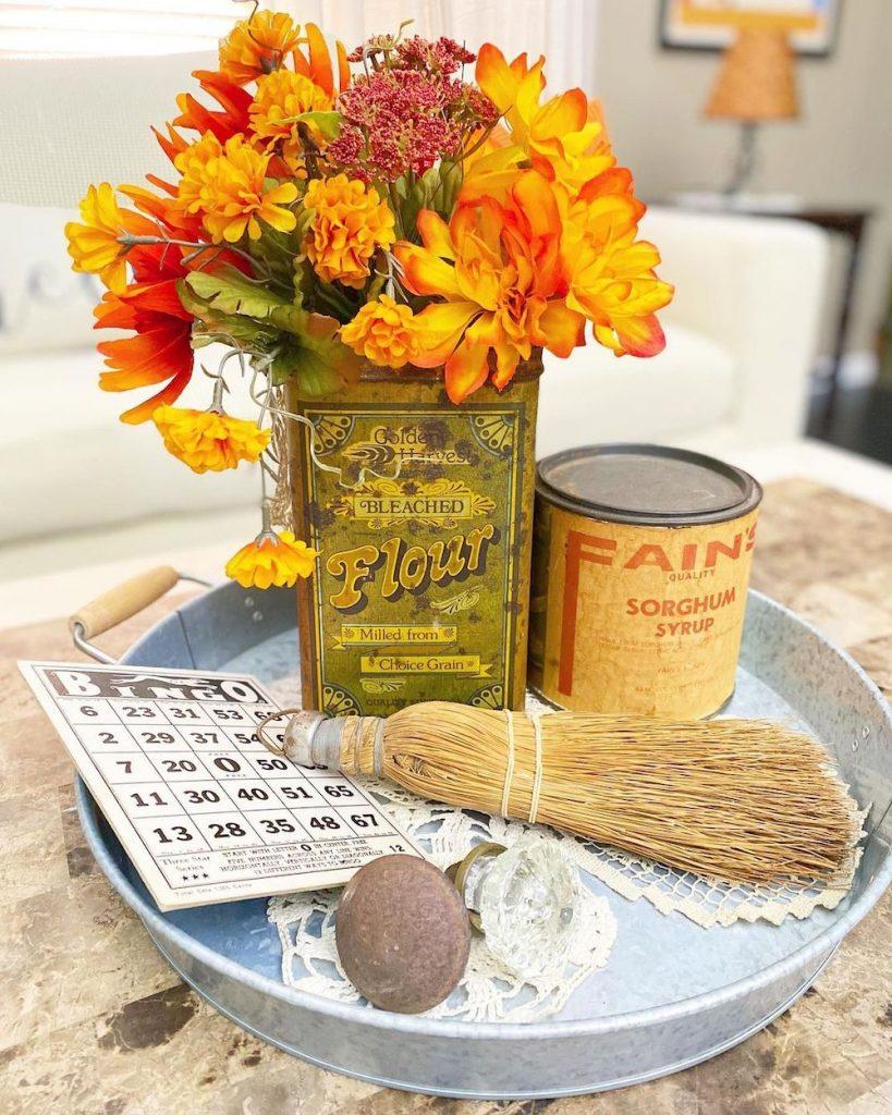 DIY fall centerpiece ideas In 31 #Fall #FallCenterpiece #FallDecor #Autumn #FallTable #HomeDecor