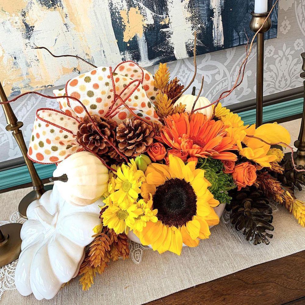 DIY fall centerpiece ideas In 34 2 #Fall #FallCenterpiece #FallDecor #Autumn #FallTable #HomeDecor