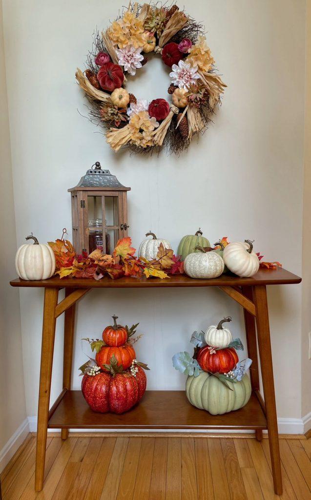 Inspo 1 #Fall #Entryway #Foyer #FallEntryway #FallDecor #HomeDecor #AutumnDecor