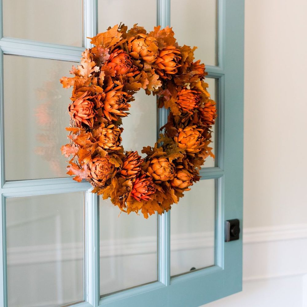 Welcoming Fall-inspired entryway ideas Inspo 33 2 #Fall #Entryway #Foyer #FallEntryway #FallDecor #HomeDecor #AutumnDecor