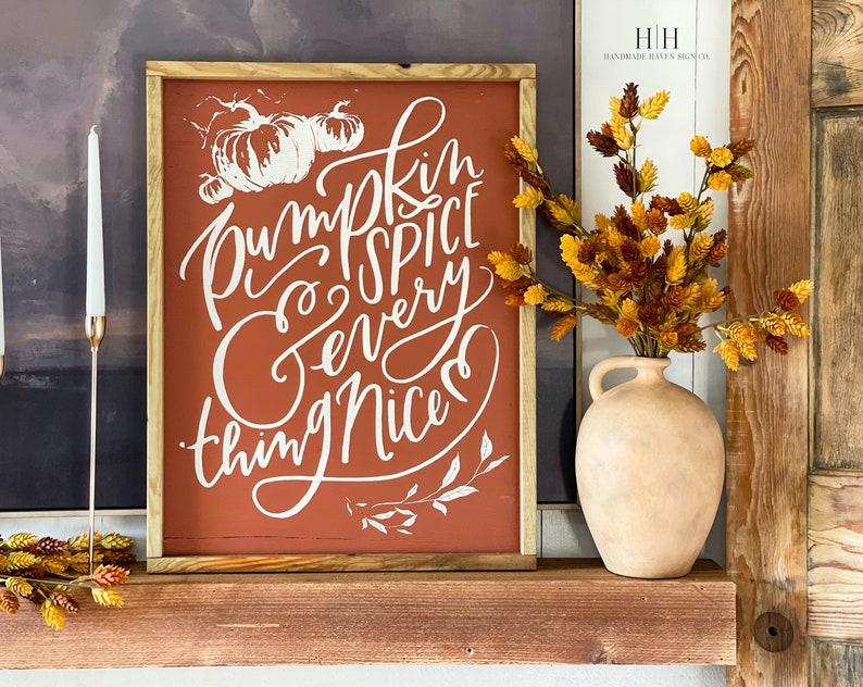 Pumpkin Spice Fall Decor #Fall #FallMantel #FallDecor #HomeDecor #AutumnDecor