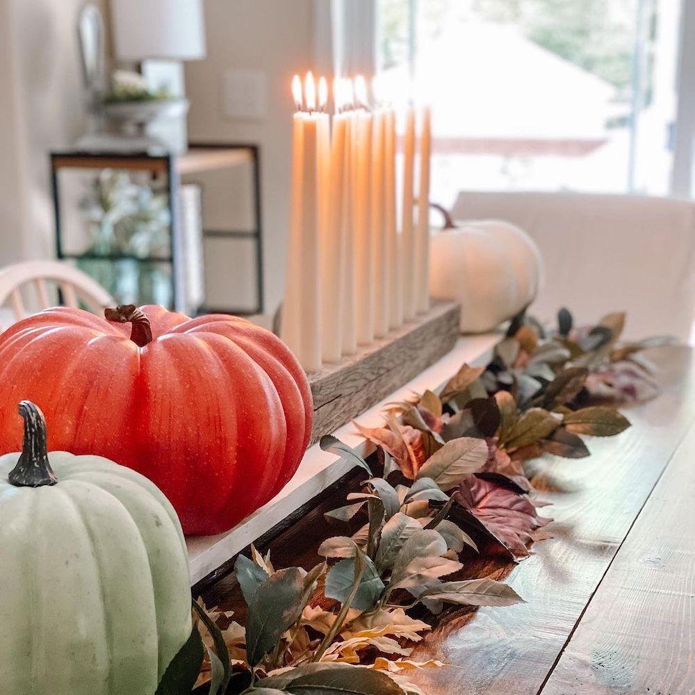In 10 2 #Fall #Tablescapes #FallDecor #HomeDecor #AutumnDecor