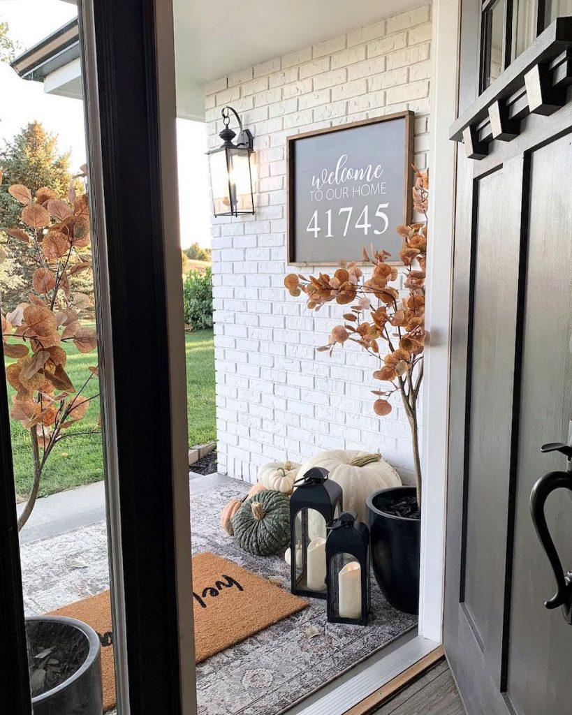 Fall Porch Styling Ideas In 12 1 #Fall #Porch #FallPorch #FallDecor #HomeDecor #AutumnDecor